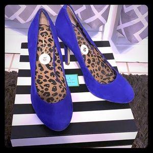 Purple suede heels 👠